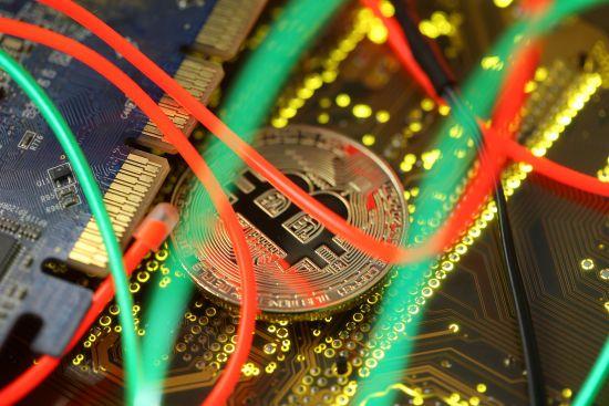Одну з найбільших у світі крипто-бірж пограбували на десятки мільйонів доларів