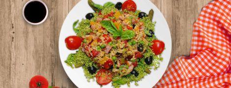 Теплый салат из риса — и гарнир, и закуска