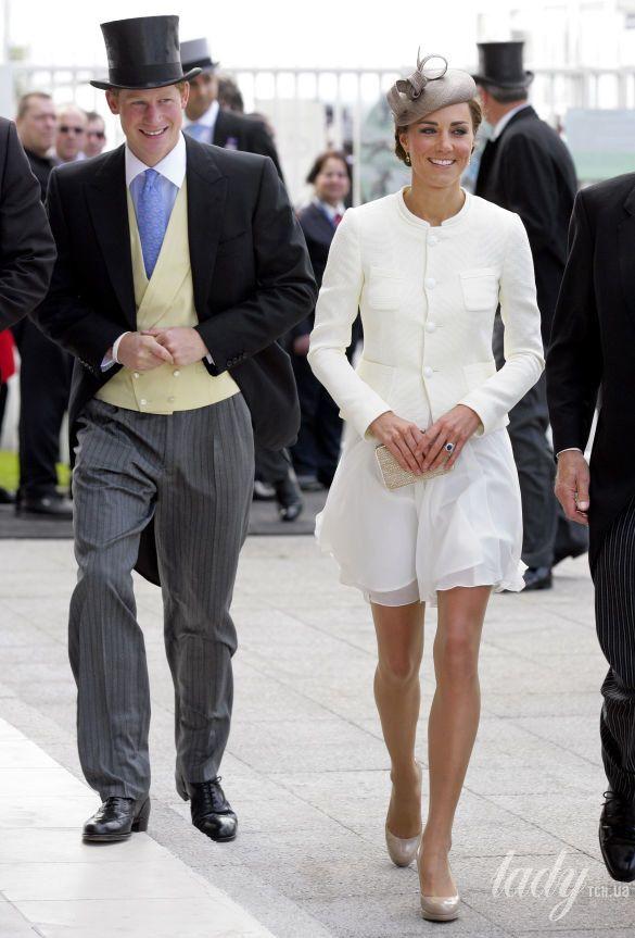 Первый выход герцогини Кембриджской после свадьбы_3