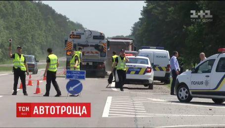 Шесть работников, которые возвращались из Чехии, погибли в ДТП на Львовщине