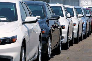 Імпортери будуть боротися за спрощення реєстрації автомобілів