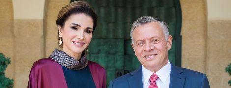 В элегантном образе: королева Рания с супругом посетила торжественное мероприятие