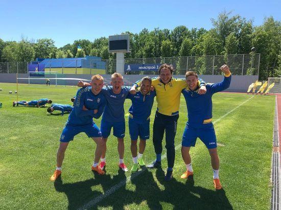 Ярмоленко приєднався до збірної України, футболісти гуртом подивляться фінал Ліги чемпіонів