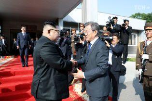Лидеры КНДР и Южной Кореи отныне будут встречаться регулярно