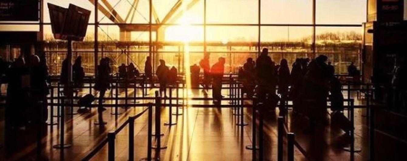 Молния временно парализовала работу аэропорта Лондона