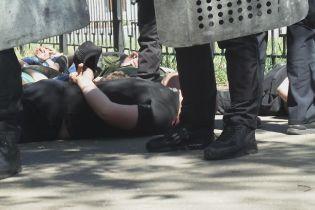 """Погром на """"Лесной"""": трое правоохранителей пострадали, десять участников столкновений задержали"""