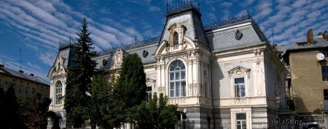 В'язниця для особливих дітей. На Львівщині діє інтернат, де вихованців тримають немов у пеклі