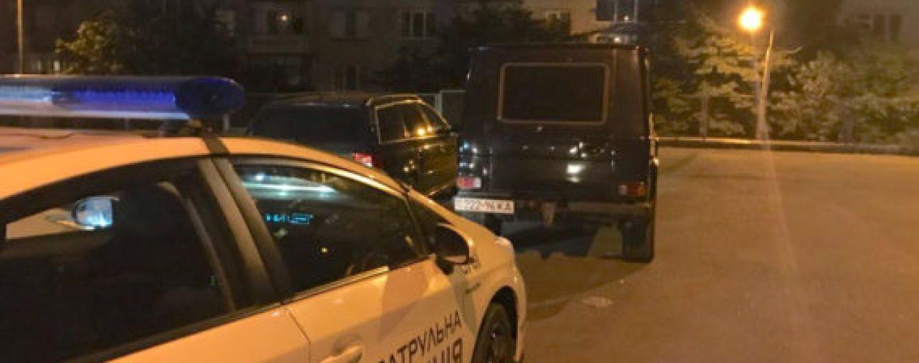 У Києві екс-нардеп катався напідпитку на Mercedes - ЗМІ