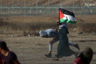 Палестинцы из Сектора Газа запустили 25 ракет по Израилю
