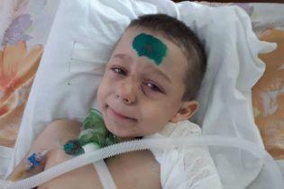 Несчастный случай уложил 7-летнего Данила в постель