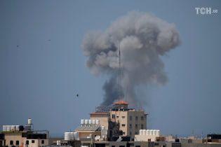 Израиль атаковал цели в Секторе Газа