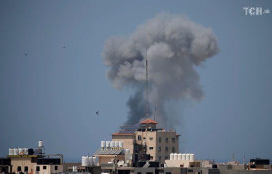 Ізраїль та Сектор Гази вночі обмінялись десятками ракет. Мапа та відео обстрілів