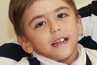 Допоможіть одужати Кирилку, який лишився без опіки батьків