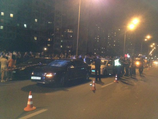 """ДТП з """"кортежем Порошенка"""": дитину збив поліцейський автомобіль на спецзавданні"""