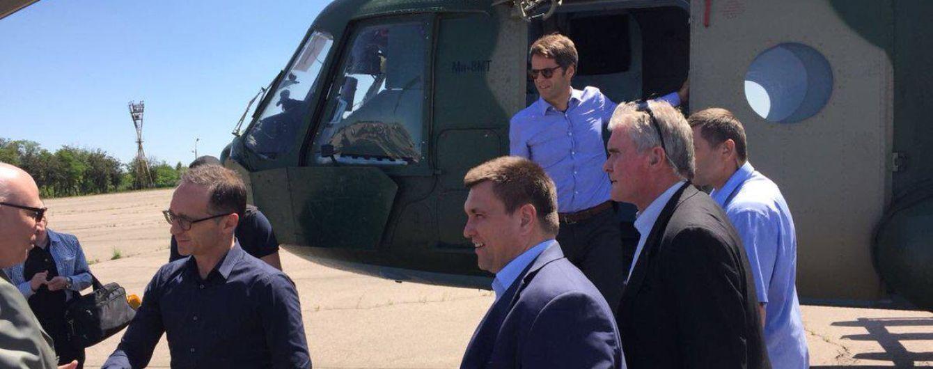 Глава МИД Германии прилетел на Восток Украины