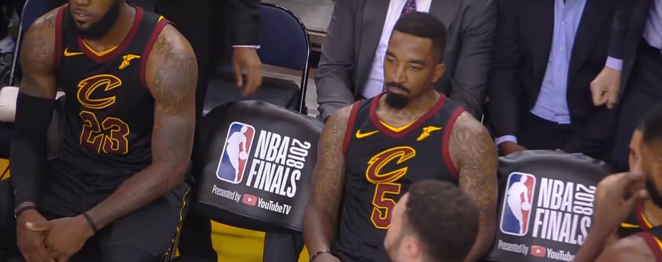 В соцсети создали безумную пародию на промах американского баскетболиста