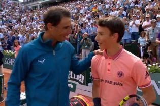 Первая ракетка мира Надаль исполнил давнюю мечту болбоя после матча на Roland Garros