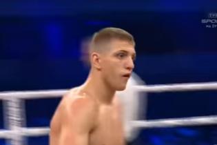 Непобедимый украинский боксер отправил в нокаут суперопытного соперника