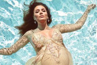 Красивая Ева: Лонгория снялась в пикантной фотосессии на последних неделях беременности