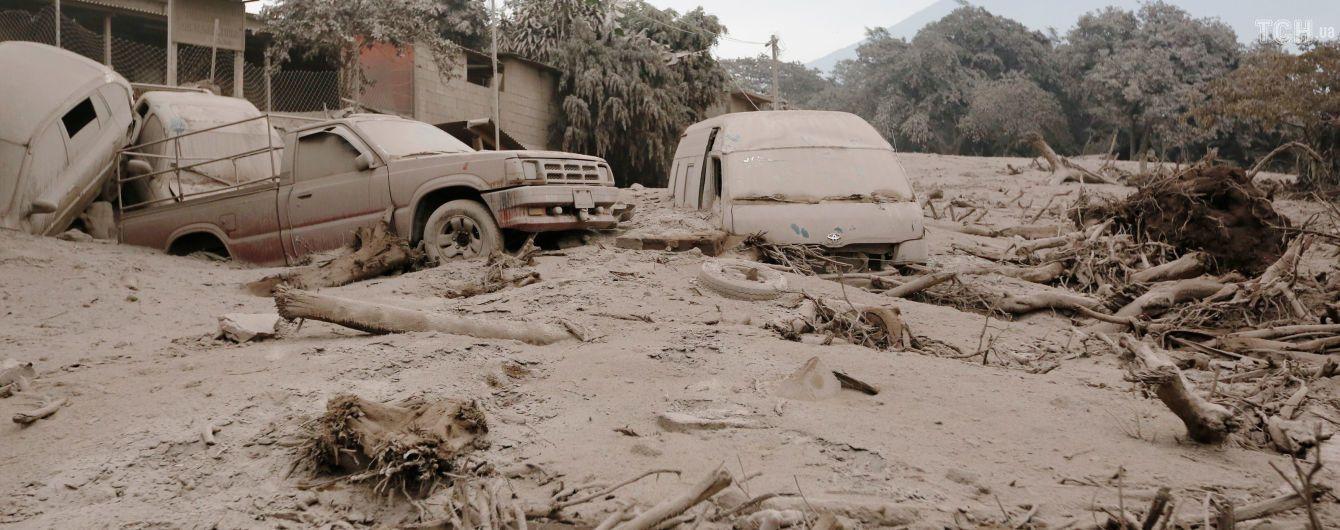 В Гватемале снова возросло колличество жертв извержения вулкана