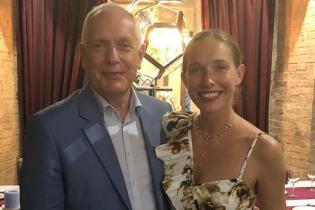 Как мило: Катя Осадчая поздравила своего отца с днем рождения трогательным совместным фото