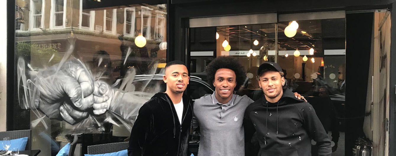 """Неймар відвідав ресторан екс-футболіста """"Шахтаря"""" в Лондоні"""