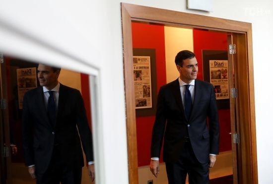 До нового уряду Іспанії увійшли 11 жінок та всього шість чоловіків
