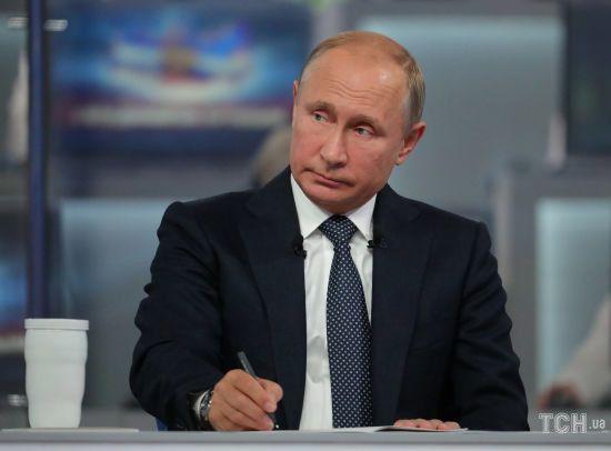 Родина Сенцова відхрестилася від звернень до Путіна із проханням звільнити політв'язня