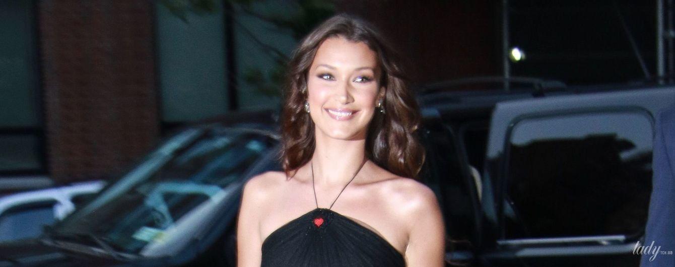 Любит внимание: Белла Хадид в прозрачном платье пришла на вечеринку Dior