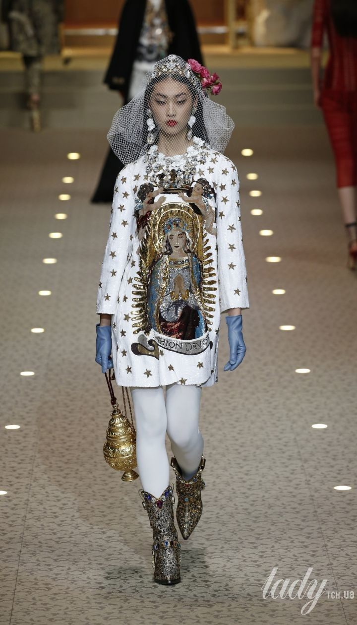 Коллекция Dolce&Gabbana прет-а-порте сезона осень-зима 2018-2019 @ East News