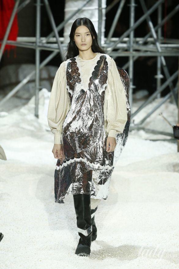 Коллекция Calvin Klein прет-а-порте сезона осень-зима 2018-2019_37