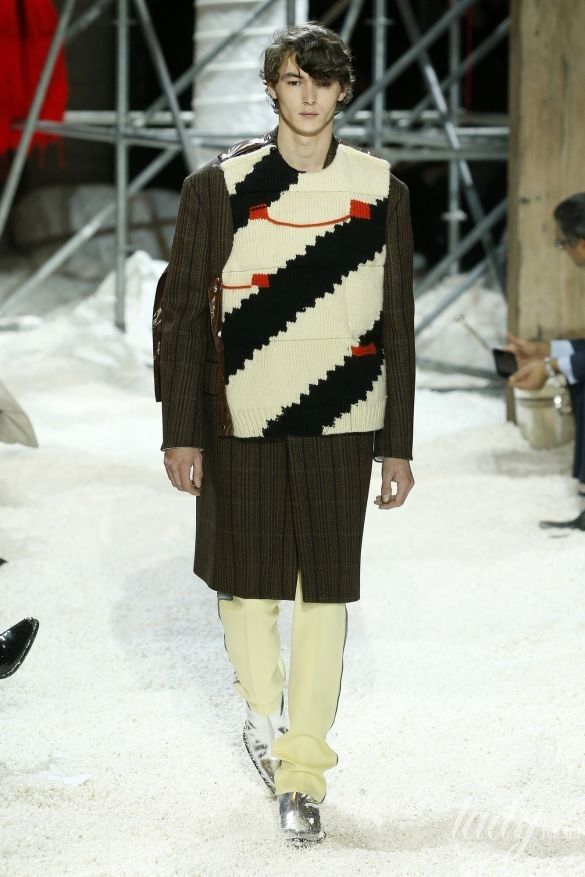 Коллекция Calvin Klein прет-а-порте сезона осень-зима 2018-2019_40