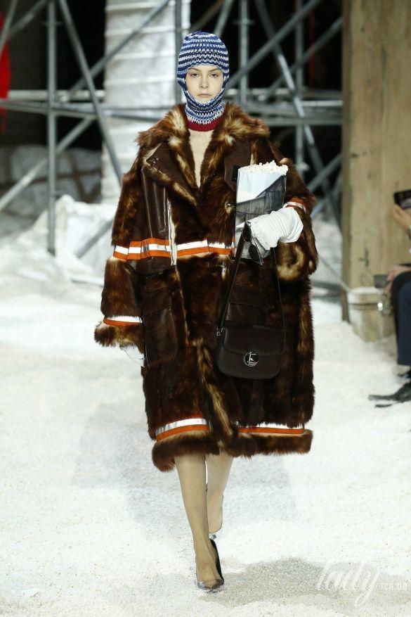 Коллекция Calvin Klein прет-а-порте сезона осень-зима 2018-2019_63