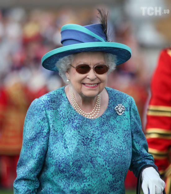 Королева Єлизавета ІІ перенесла операцію на очах