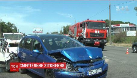 Два человека погибли в жуткой аварии в Запорожье4