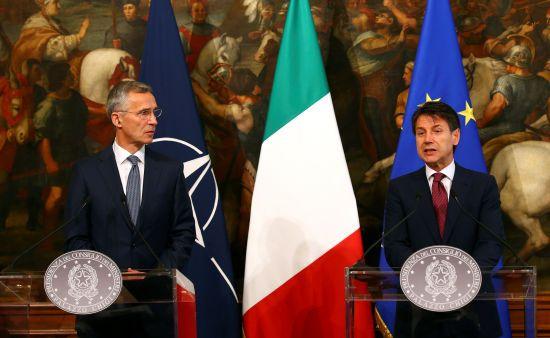 Італія підтримує політику подвійного підходу між НАТО і Росією