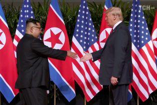 Трамп заявив про згортання ядерної програми КНДР
