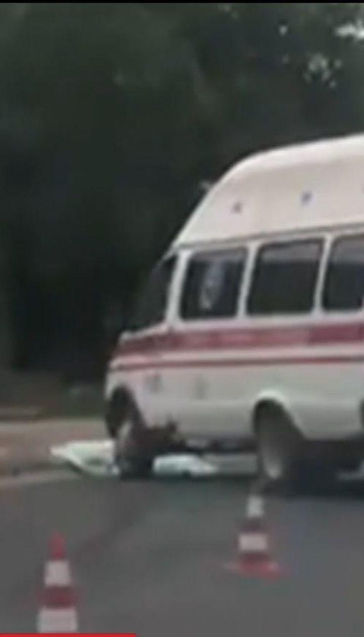 У Херсоні швидка збила жінку на пішохідному переході