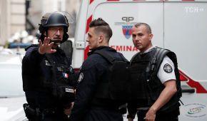 Поліція звільнила заручників у Парижі
