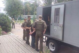 Україна видала Франції турецького громадянина, який відправив до Європи тонни кокаїну