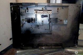 В Харькове грабители с помощью самодельной взрывчатки обчистили банкомат