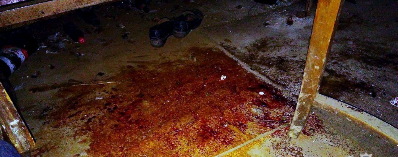 На Харківщині жінка палицею вбила сусіда