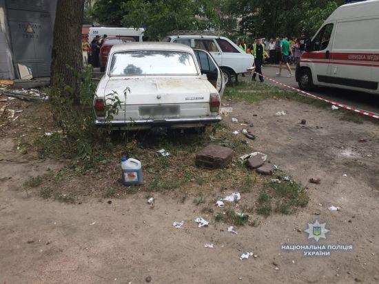 Взрыв авто в Киеве. Один ребенок находится в коме