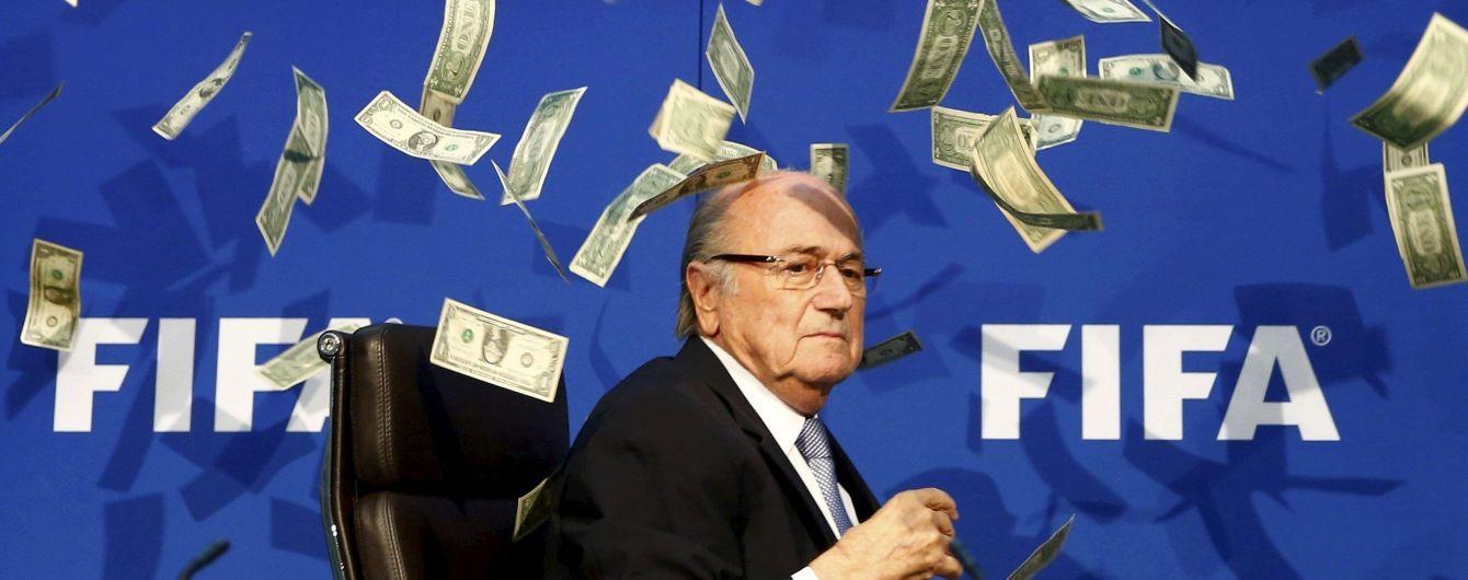 Отстраненный от футбола за коррупцию экс-президент ФИФА приедет на ЧМ-2018