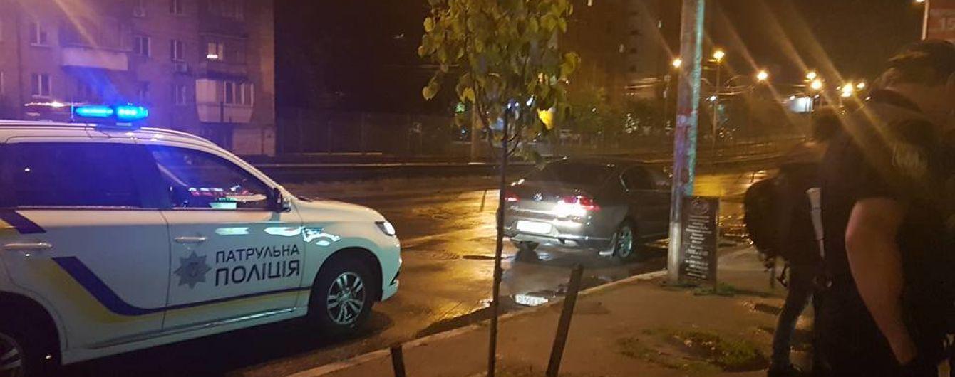 У Києві поліцейські зупинили п'яного російського консула за кермом