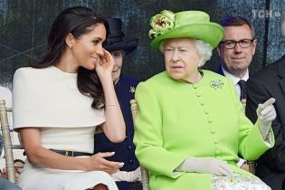 Меган Маркл сконфузилася під час свого першого офіційного заходу з Єлизаветою II