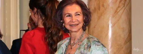 В серебряных туфлях и с веером: 79-летняя королева София на торжественном мероприятии