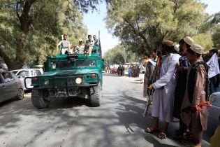 В Афганистане во время празднования перемирия талибами и военными прогремел взрыв