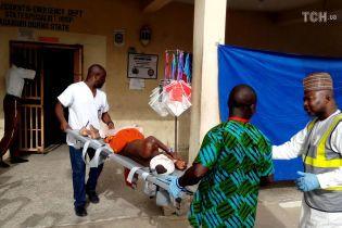 У Нігерії внаслідок атаки смертників загинули понад 30 людей
