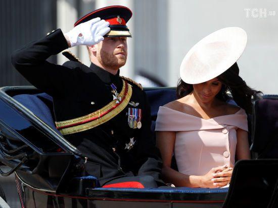 Обіцяй, що ніколи не піднімеш руку на дочку: батько Меган розповів, про що говорив з принцем Гаррі